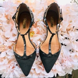 GUC Halogen Pointy Toe D'Orsay Caviar Leather Flat